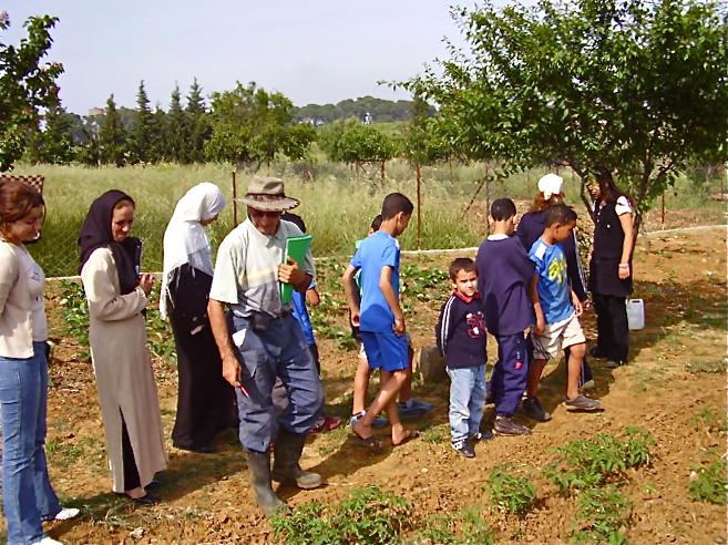2006-04  Le jardin des Mères de SOS Villages d'Enfants à Draria (Alger) - The Garden of the mothers of SOS Childrens' Villages at Draria (Algiers) - (Photo WVC)