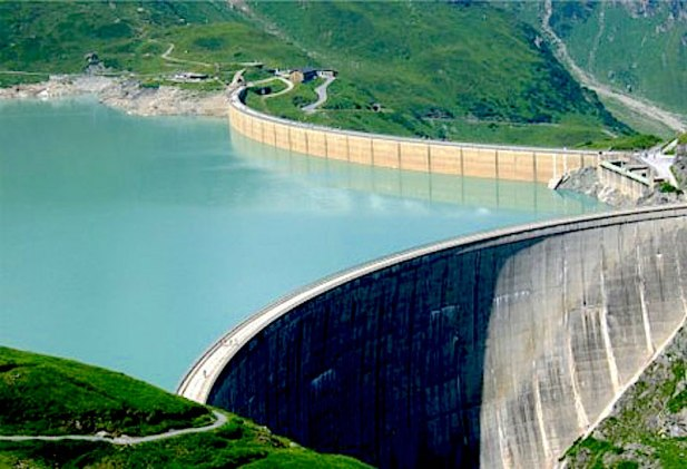 Echorouk Online - 65 Dams to Provide 77.08% of Water for Algerians in this Summer - http://static.echoroukonline.com/ara/files/2012_barrage_eau_489213782_405790754.jpg