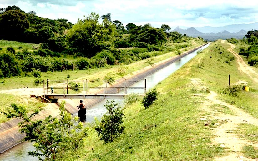 http://g9jzk5cmc71uxhvd44wsj7zyx.wpengine.netdna-cdn.com/wp-content/uploads/2015/06/Main-Canal-from-Siya-Dam-to-Manjinenji-Dam.jpg